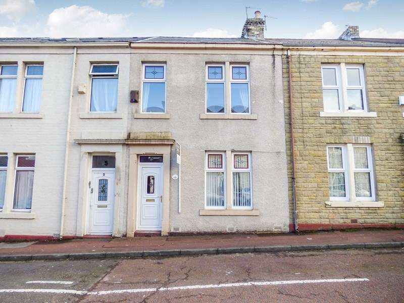3 Bedrooms Property for sale in Lincoln Street, Gateshead, uk, NE8 4EE