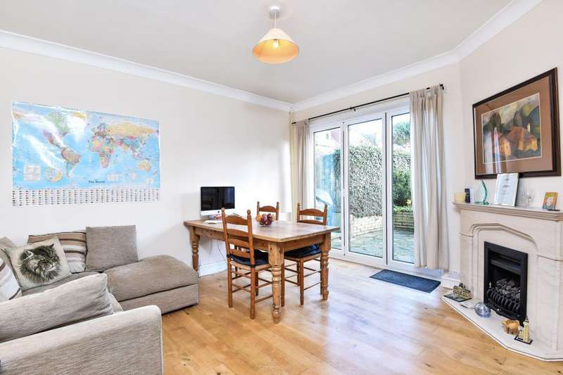 4 Bedrooms House for sale in Open day 17th March 11.00-12.30, Gordon Road, Finchley, N3