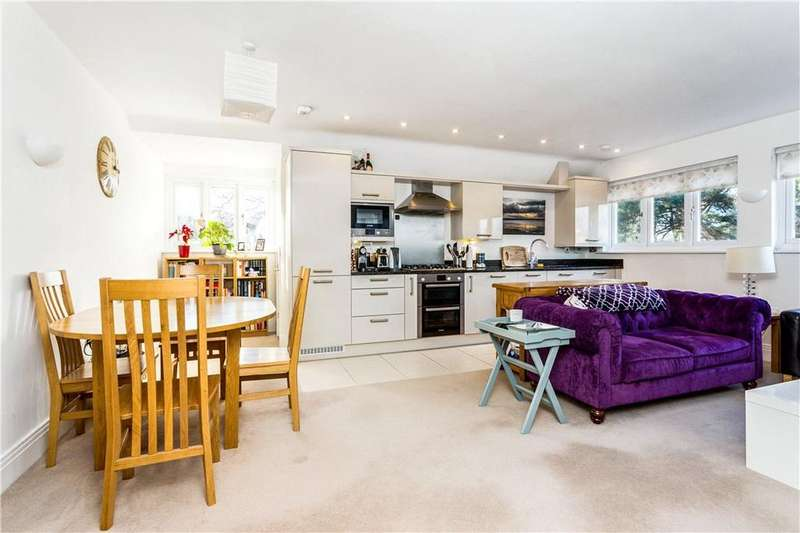 1 Bedroom Flat for sale in Red Gables, St. George's Lane, Ascot, Berkshire, SL5