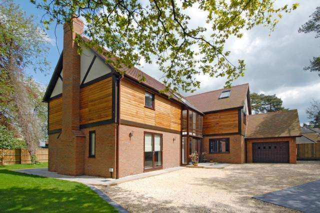 6 Bedrooms Detached House for sale in Henley-on-Thames, Oxfordshire, RG9