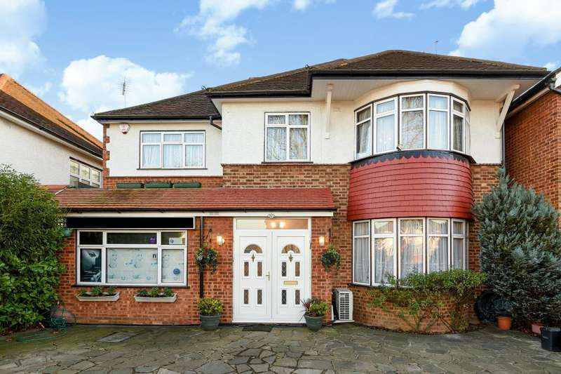 8 Bedrooms Detached House for sale in Edgware, HA8, HA8