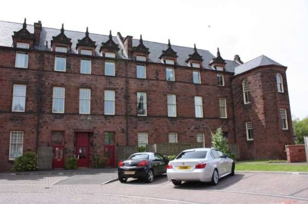 2 Bedrooms Flat for sale in 27 Gartloch Way, Glasgow, G69 8FD, Glasgow