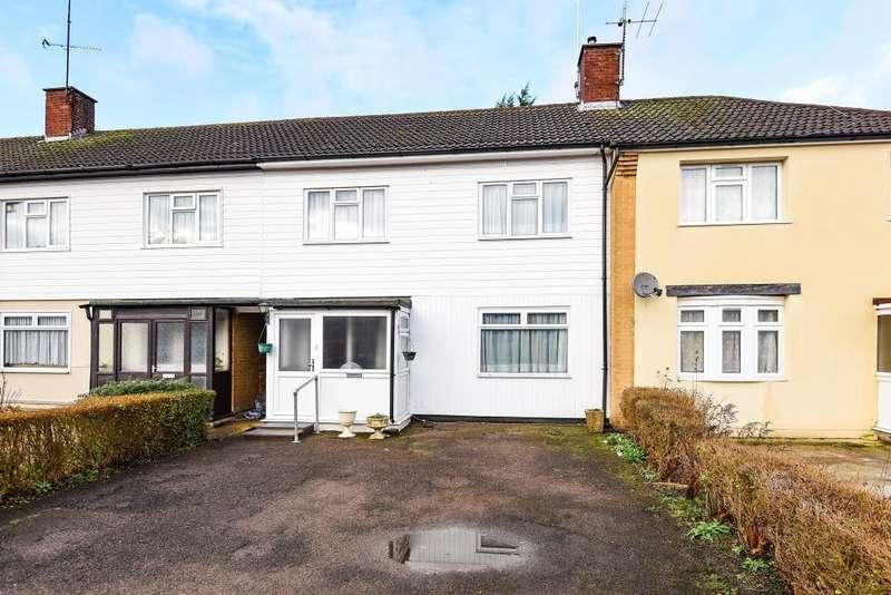 3 Bedrooms House for sale in Sheerwater, Woking, GU21
