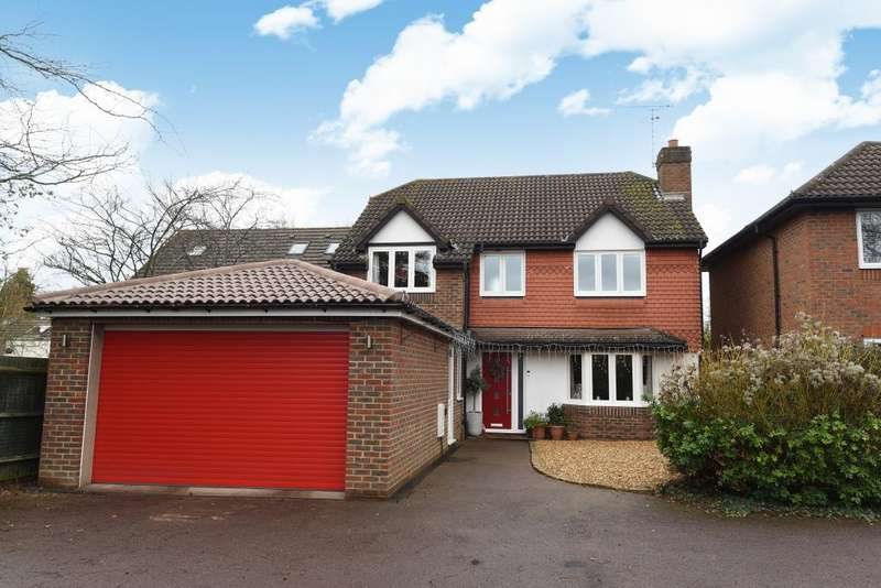 4 Bedrooms Detached House for rent in Somerset Grove, Warfield, RG42