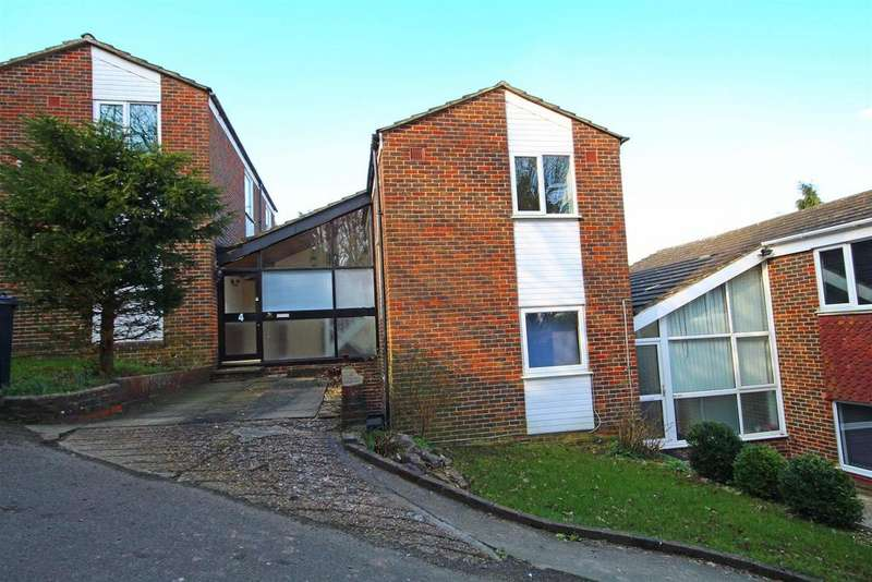 3 Bedrooms Link Detached House for sale in Delfryn, Portslade, Brighton