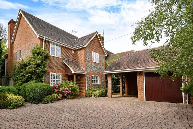 4 Bedrooms Detached House for sale in Woodcote, Oxfordshire, RG8