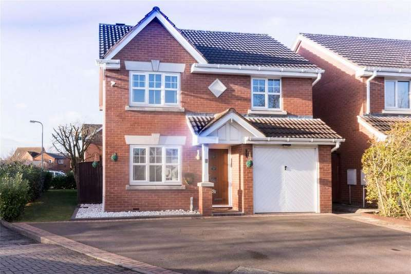 3 Bedrooms Detached House for sale in Alexander Close, Fradley, Lichfield, Staffordshire