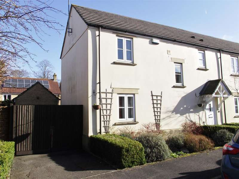 3 Bedrooms Semi Detached House for sale in Severn Close, Calne