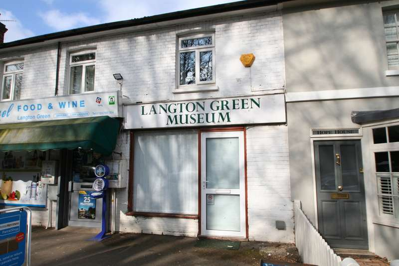Property for rent in Langton Green Museum TN3
