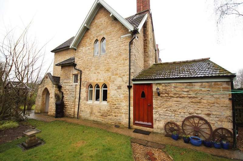 2 Bedrooms Cottage House for sale in Main Street, Nocton, Lincoln