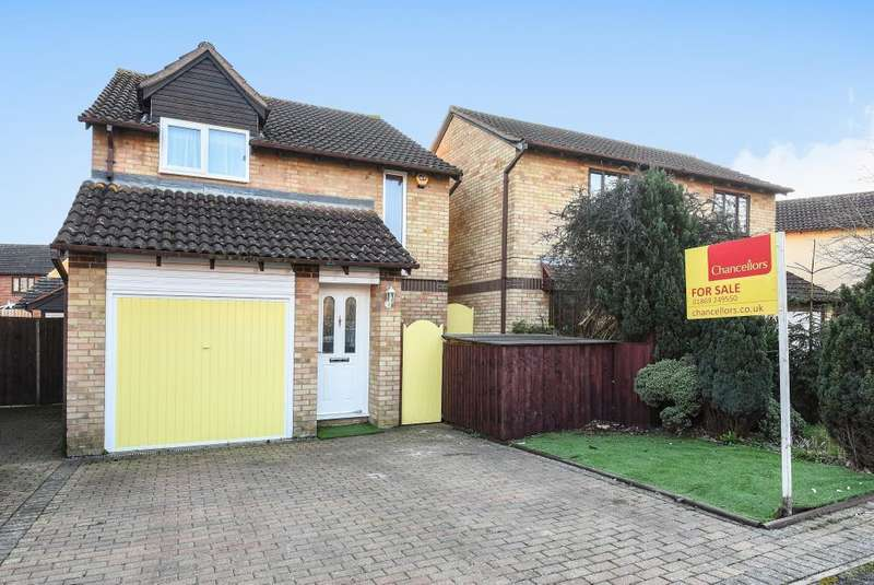 3 Bedrooms Detached House for sale in Lime Crescent, Southwold Bicester, OX26