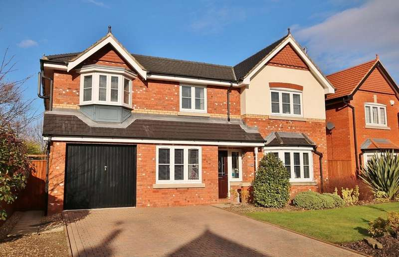 5 Bedrooms Detached House for sale in Kingsbury Drive, Wilmslow