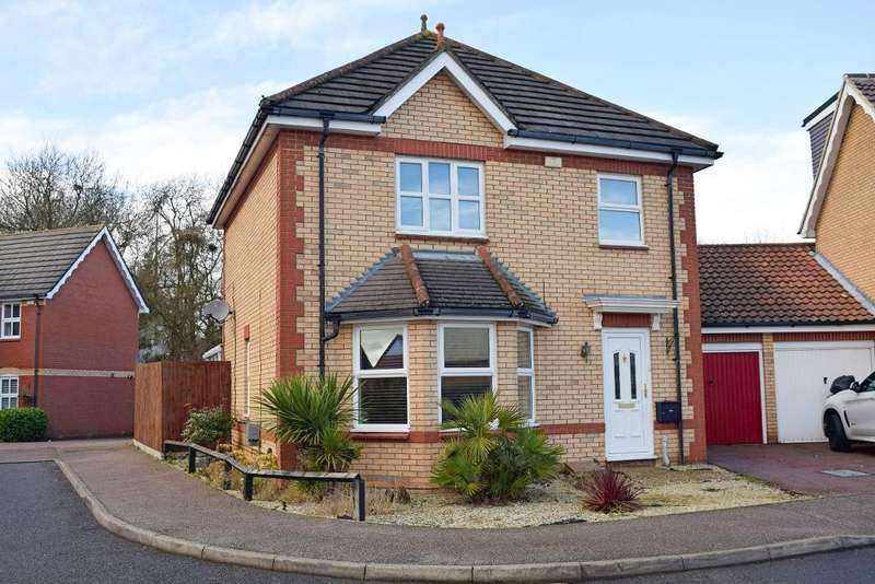 3 Bedrooms Detached House for sale in Aynsley Gardens, Church Langley, Harlow, CM17 9PB