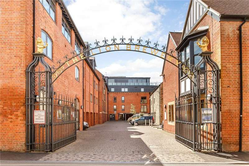 3 Bedrooms Apartment Flat for sale in The Lion Brewery, St. Thomas Street, Oxford, OX1