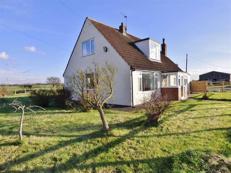 3 Bedrooms Detached House for rent in White Horse Farm, Huntington