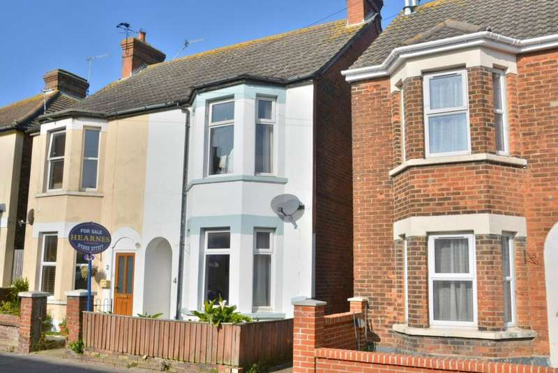 2 Bedrooms Semi Detached House for sale in Emerson Road, Poole, BH15 1QT