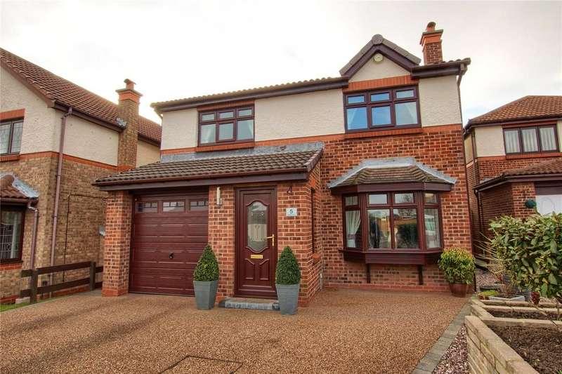 4 Bedrooms Detached House for sale in Dryden Close, Owington Farm