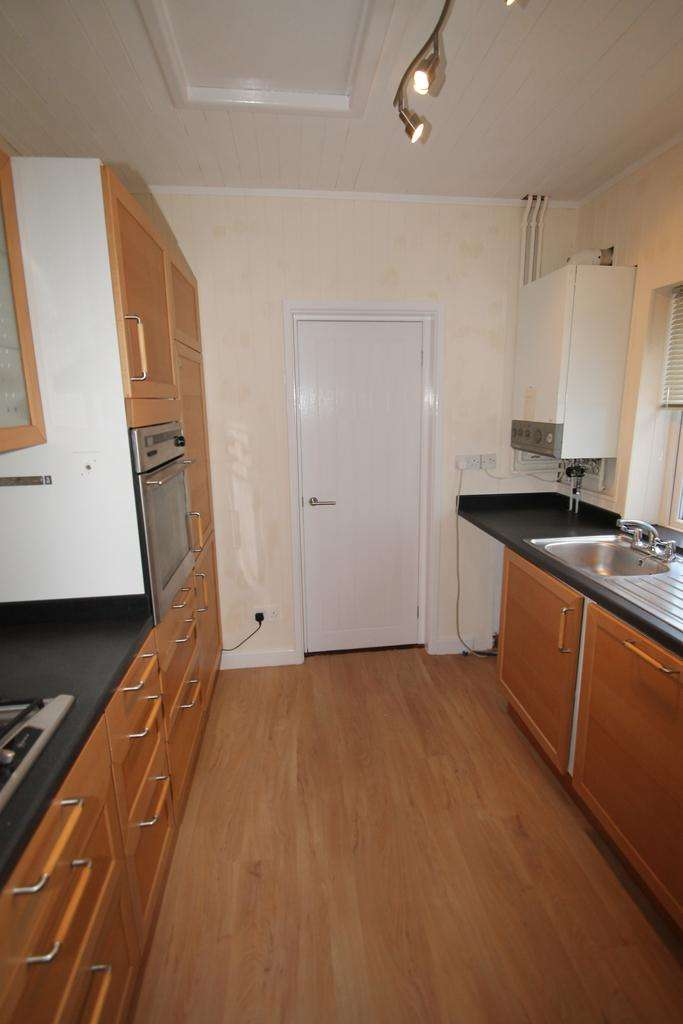 2 Bedrooms Terraced House for sale in Blendworth Road, Milton, Southsea PO4