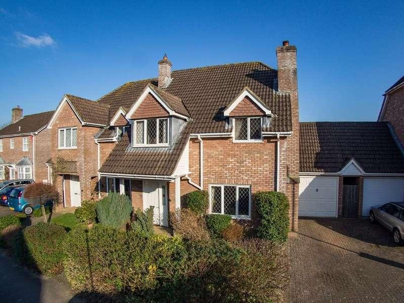 3 Bedrooms Semi Detached House for sale in Herne Road, Petersfield