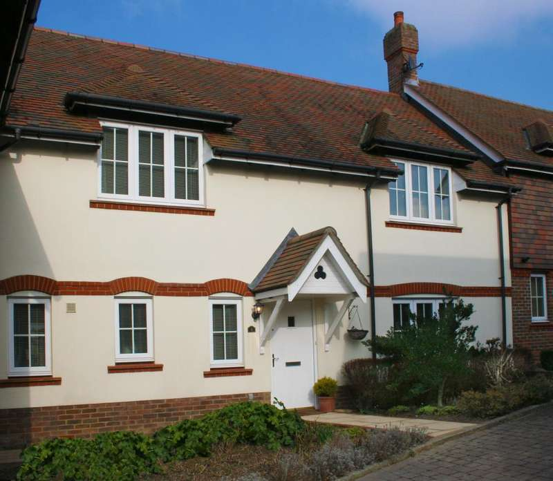 3 Bedrooms Terraced House for sale in Ripley