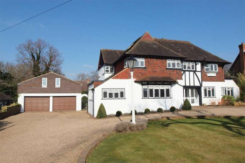 5 Bedrooms Detached House for sale in Barnfield Wood Road, Park Langley, Beckenham, Kent