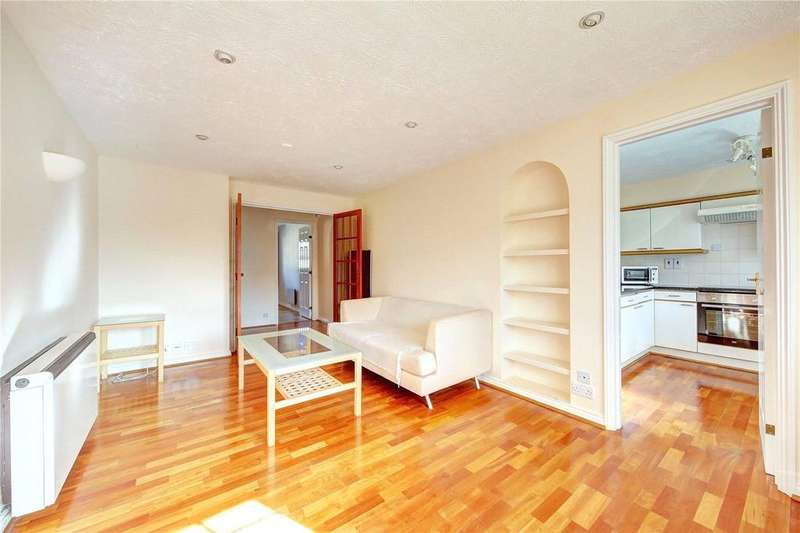 2 Bedrooms Flat for sale in Selhurst Close, Wimbledon Common, SW19