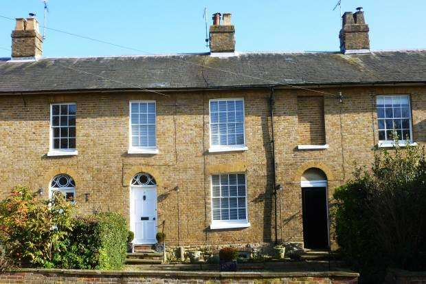 3 Bedrooms House for sale in Waterloo Place, Waterloo Road, Cranbrook, Kent, TN17 3JH