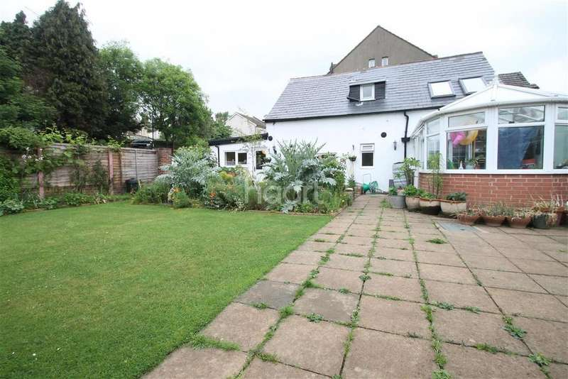 3 Bedrooms Detached House for rent in Weston Road, ME2