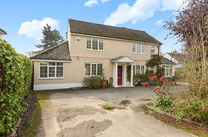 4 Bedrooms Detached House for sale in Avisford Park Road, Walberton, BN18