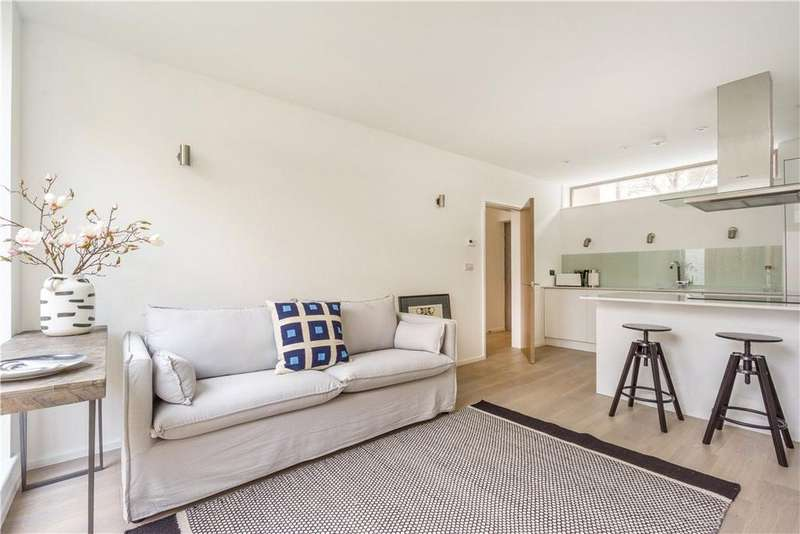 1 Bedroom Maisonette Flat for sale in Alt Grove, London, SW19