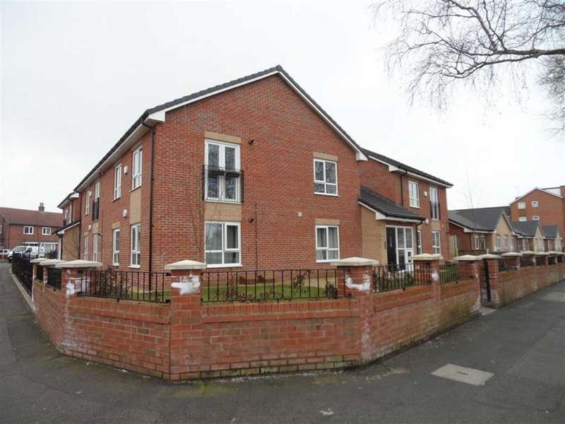 2 Bedrooms Flat for sale in 39 Cornishway, Wythenshawe