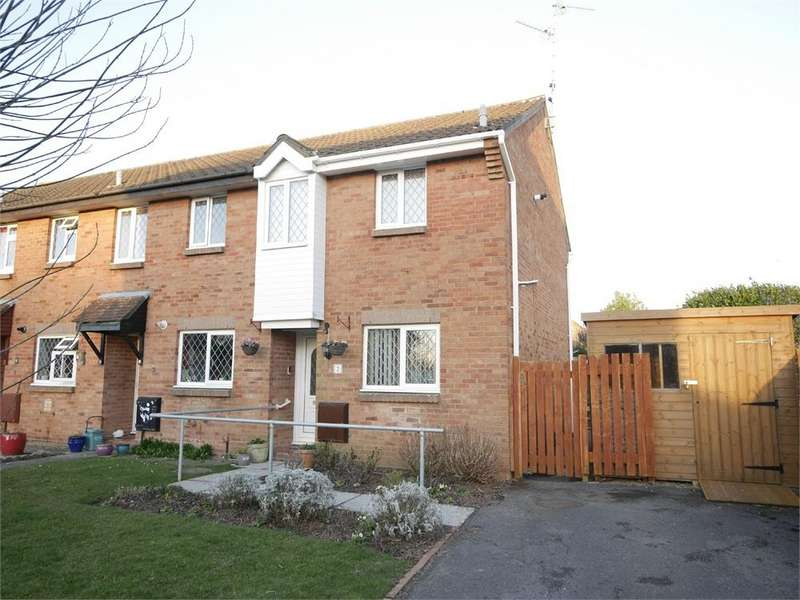 2 Bedrooms Semi Detached House for sale in Merlin Close, Penarth