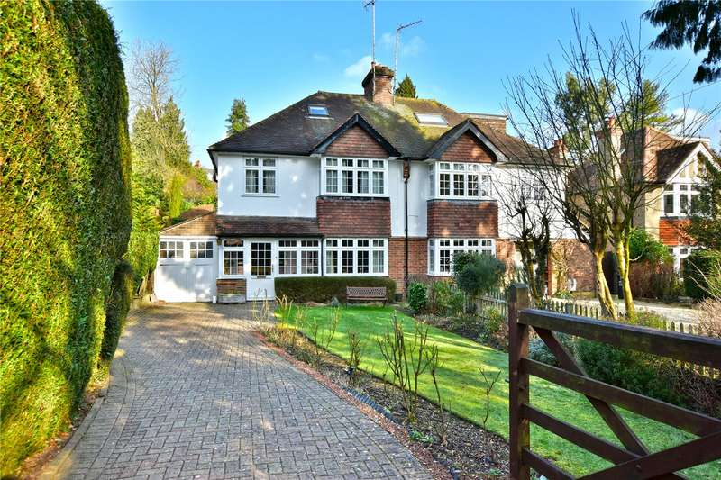 4 Bedrooms Semi Detached House for sale in Quickley Lane, Chorleywood, Hertfordshire, WD3