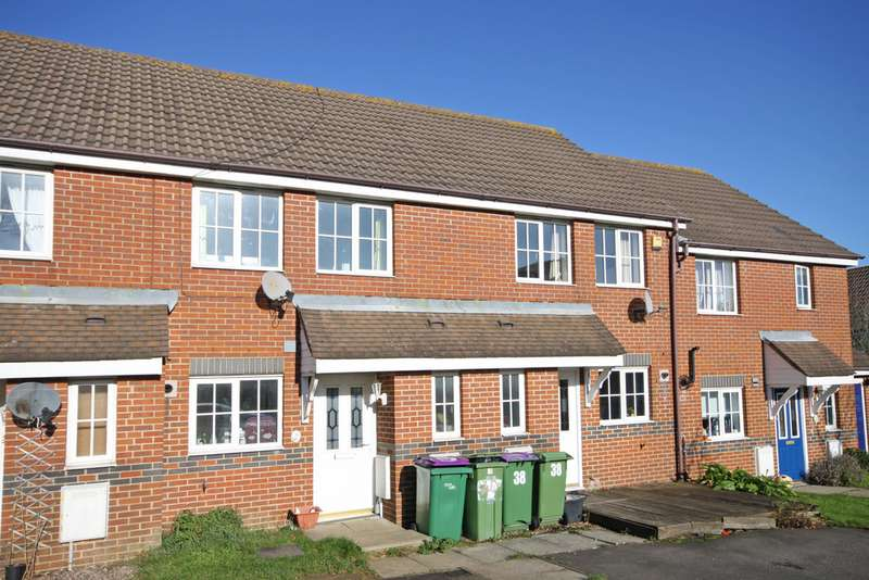 2 Bedrooms Terraced House for sale in Mitchell Avenue, Hawkinge CT18