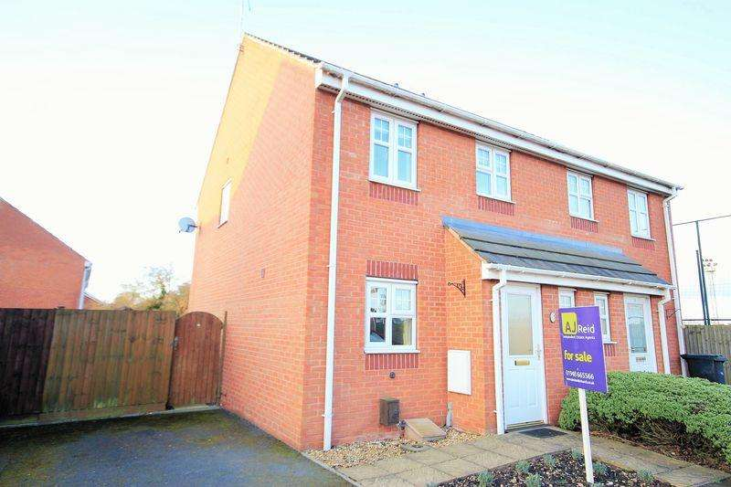 3 Bedrooms Semi Detached House for sale in Arlon Road, Market Drayton