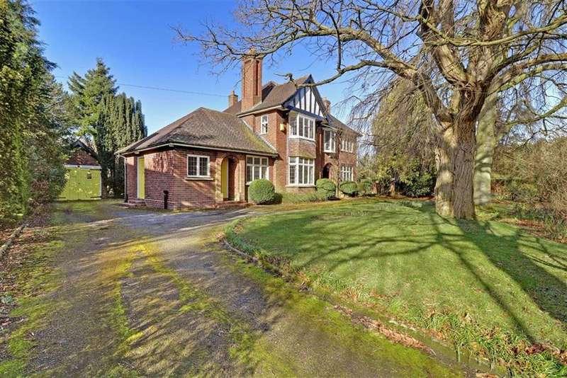 4 Bedrooms Detached House for sale in Crewe Road, Wistaston, Crewe