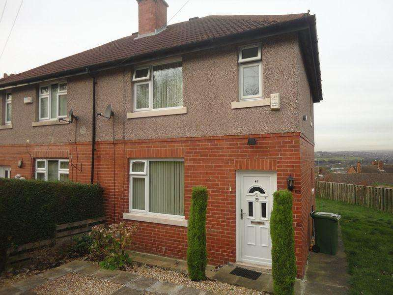 3 Bedrooms Semi Detached House for rent in Staincliffe Road, Dewsbury