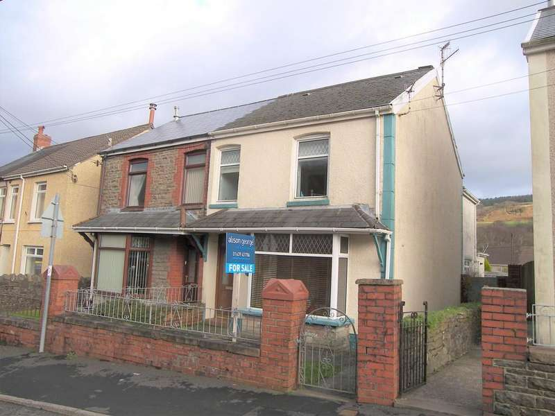 3 Bedrooms Semi Detached House for sale in Tonclwyda, Clyne, Neath