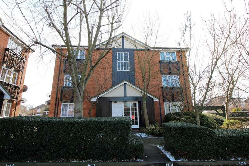 1 Bedroom Flat for sale in Dudley Close, Chafford Hundred, Grays