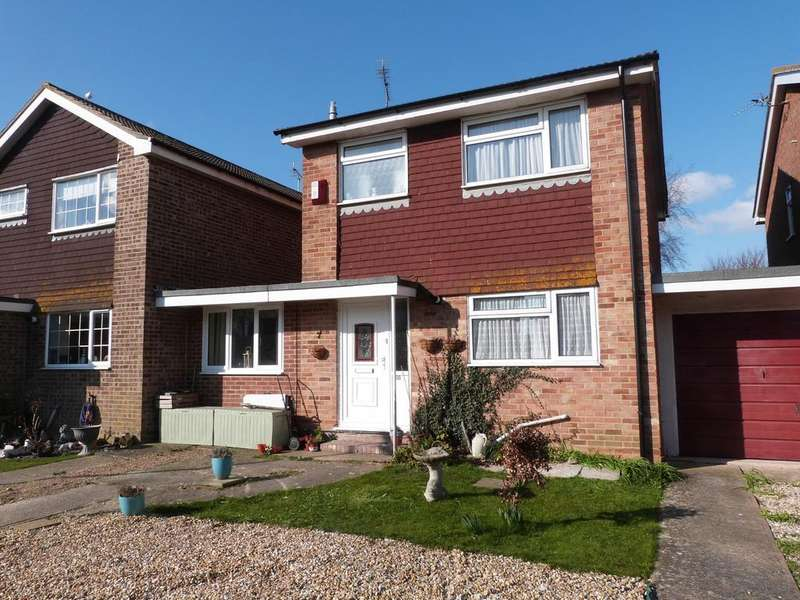 4 Bedrooms Detached House for sale in Gainsborough Drive, Selsey