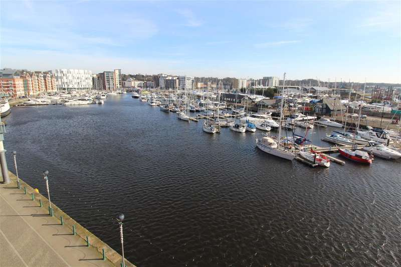 2 Bedrooms Apartment Flat for sale in The Shamrock, Regatta Quay, Ipswich