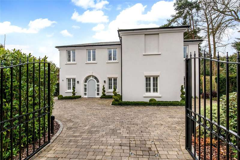 4 Bedrooms Detached House for sale in Dean Place, Winchester, Hampshire, SO22