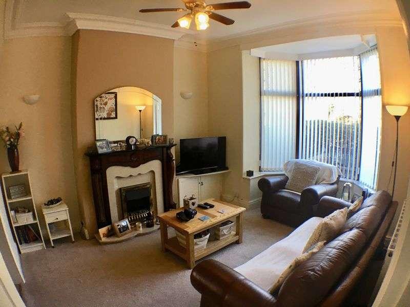 3 Bedrooms Property for sale in Waterloo Road, Ashton-on-Ribble, Preston