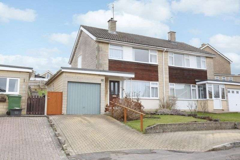 3 Bedrooms Property for sale in Tellcroft Close, Corsham