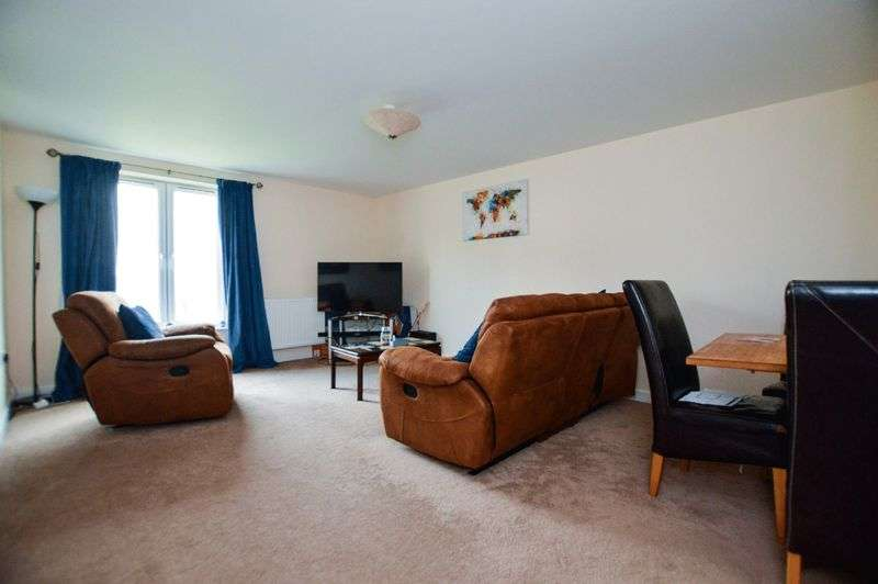 2 Bedrooms Property for sale in Great Mead, Yeovil