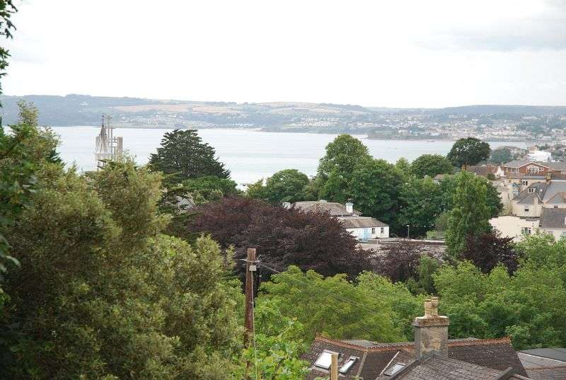 2 Bedrooms Property for sale in Thurlow Road, Torquay