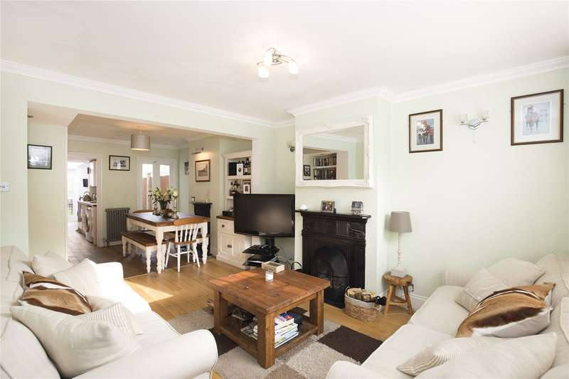 3 Bedrooms Terraced House for sale in Wolsey Grove, Esher, Surrey, KT10