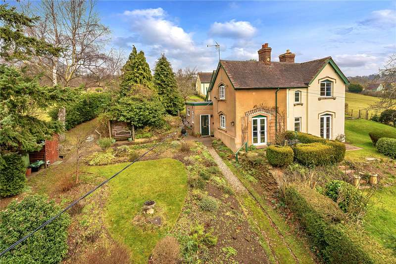 2 Bedrooms Semi Detached House for sale in 10 Danesford, Bridgnorth, Shropshire, WV15