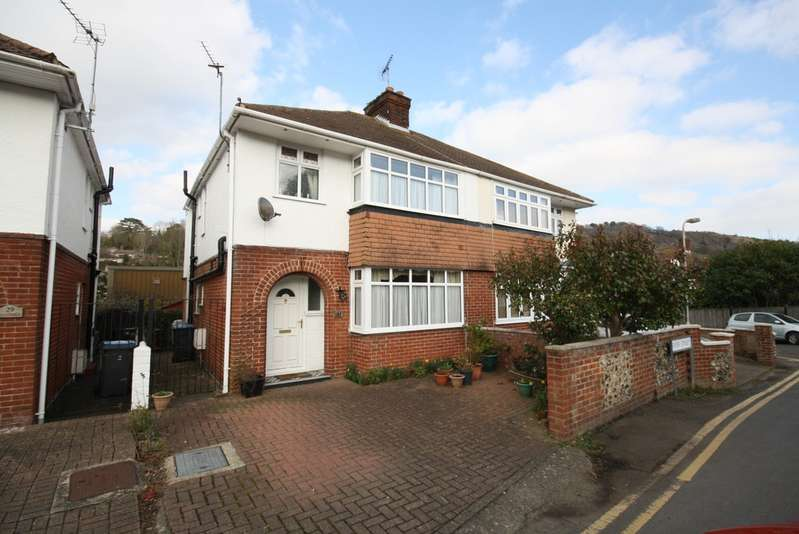 3 Bedrooms Semi Detached House for sale in River Street, River CT17