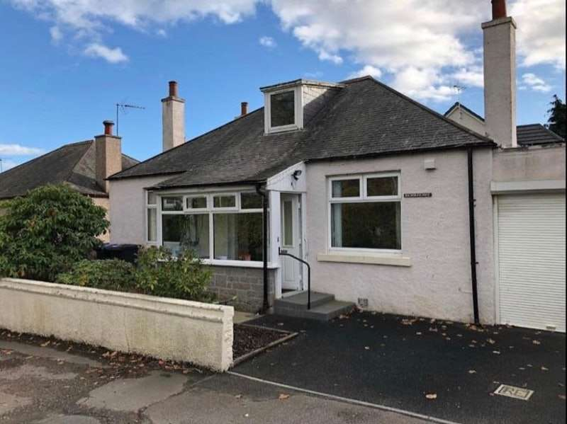 2 Bedrooms Bungalow for sale in School Road, Inverurie, Aberdeenshire, AB51